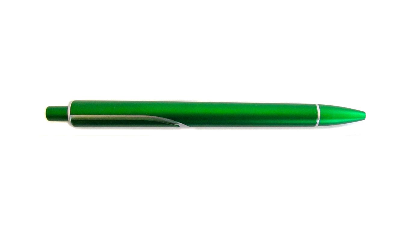 slika zelene kemijske olovke TGG s crnom tintom